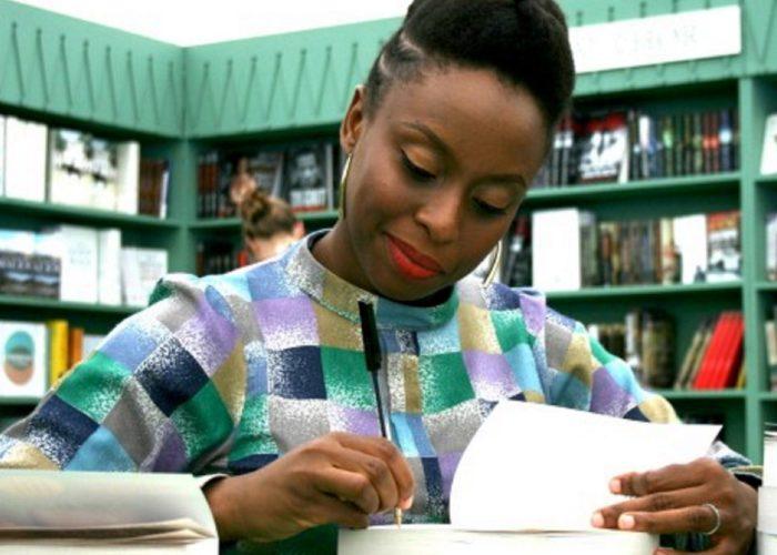 L'œuvre de résistance de Chimamanda Ngozie Adichie