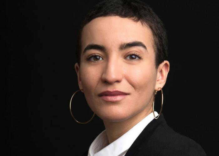 """""""Différente comme tout le monde"""" de Mariame Tighanimine : le parcours d'une femme extraordinaire comme les autres"""