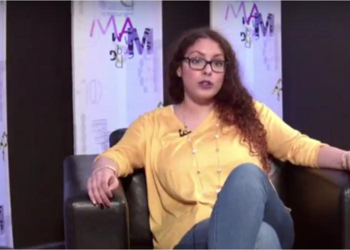 Mounia : une militante qui prône la justice par l'éducation